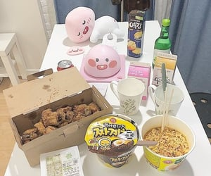 food, kawaii, and noodles image