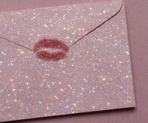 aesthetic, glitter, and kiss image