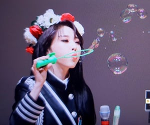 bubbles, crown, and korean image