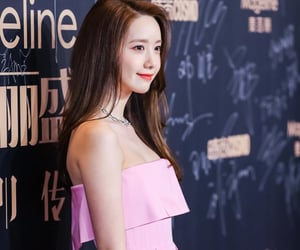 fashion, pink dress, and snsd image