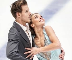 couple, figure skating, and Singing In The Rain image