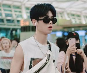 justin, kpop, and yuehua image