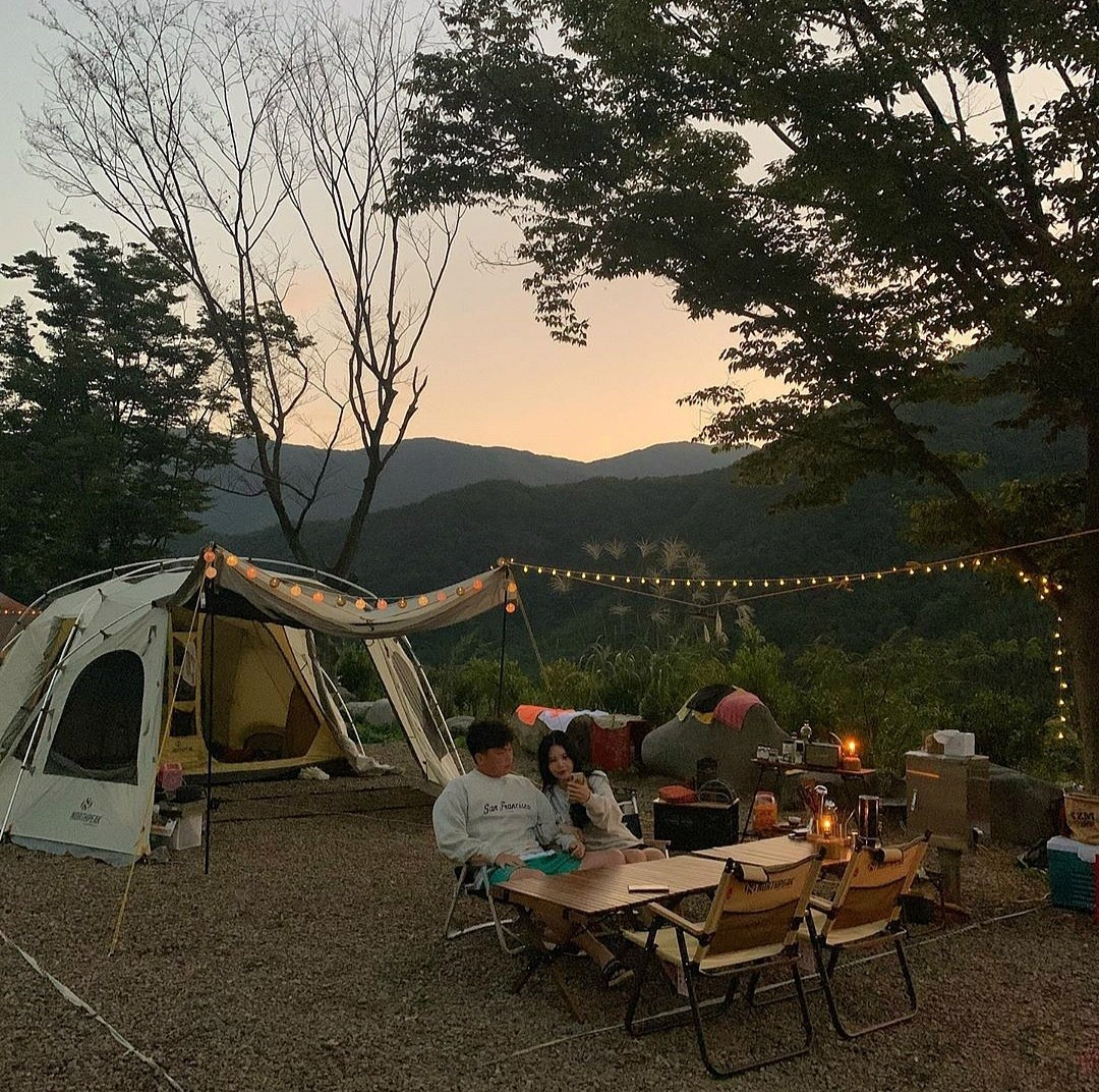 camping, couple, and cozy image
