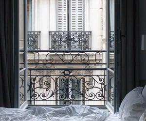 bedroom and paris image