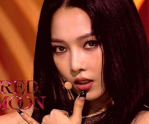 gif, girls, and kpop image