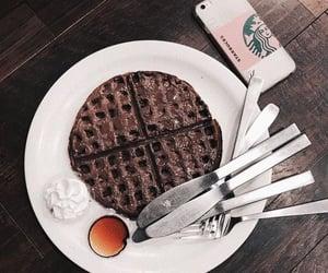 chocolate, chocolate chip, and cream image