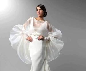 belleza, elegancia, and novia image