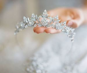 bridal crown image