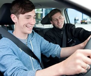 driving lesson in sutton and driving test in sutoon image