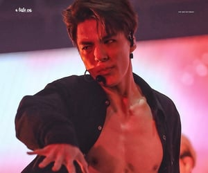 abs, boom, and lee jeno image