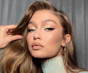 beautiful, glam, and highlighter image