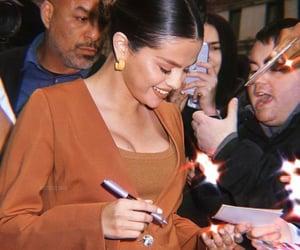 celebrities, Queen, and selena gomez image