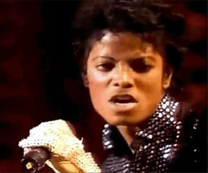 1983, michael jackson, and king of pop image