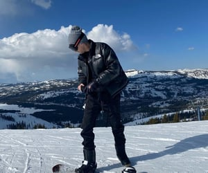 man, snowboarding, and g-eazy image