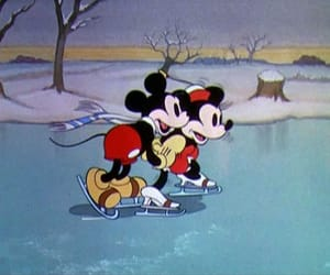 1930s, minnie mouse, and 1935 image