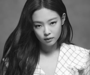 kpop, blackpink, and kim jennie image