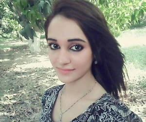 love poetry, selfie girls, and desi girls image