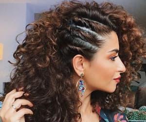 curly hair, natural hair, and cachos image