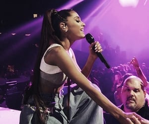 concert and ariana grande image