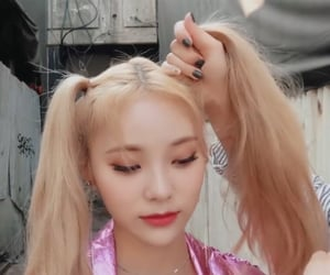 girls, jung jinsoul, and so what loona image