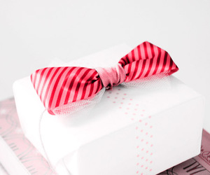 bow, fashion, and pink image