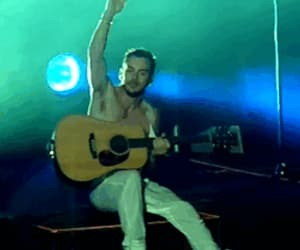30 seconds to mars, drummer, and gif image