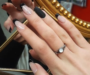 nails, naildesign, and shellac image