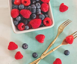 berries, breakfast, and coconut image