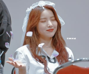 girl, sowon, and icon image
