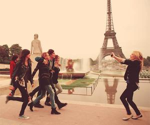 paris, lol, and friends image
