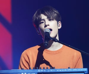day6, 김원필, and kim wonpil image