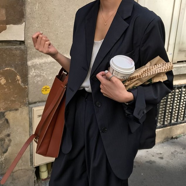 article, looks, and outfit image