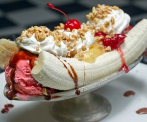 banana split, delicious, and dessert image