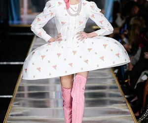 Couture, fashion, and french image