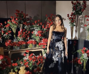 dynasty, roses, and elizabeth gillies image