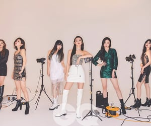 girl group, idle, and neverland image