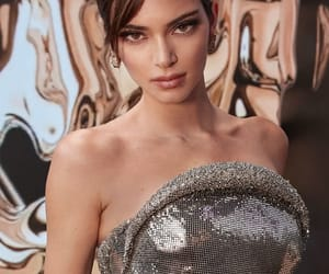 2020, goddess, and kendall jenner style image