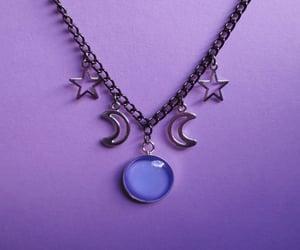 collar, morado, and estrella image