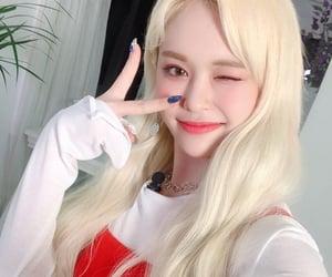 k-pop, everglow, and park jiwon image