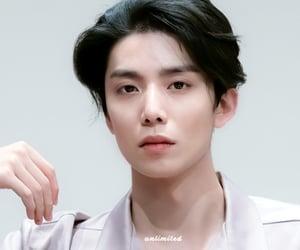 boy, kpop, and hwiyoung image