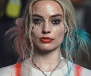 margot robbie, harley quinn, and DC image