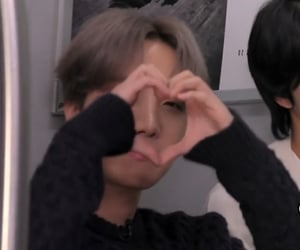 heart, low quality, and yoongi image