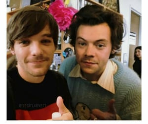 couple, selfie, and louis tomlinson image