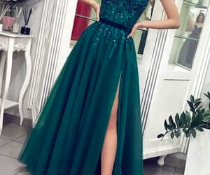 green prom dress, robe de soirée, and beaded prom dress image
