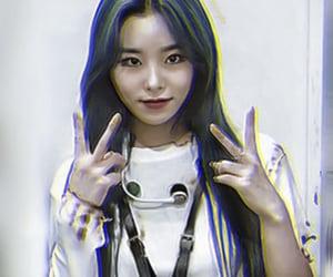 kpop, wheein, and 휘인 image