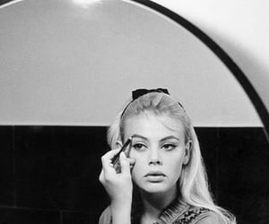 vintage, 60s, and beauty image