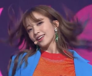 performance, low quality, and exid image