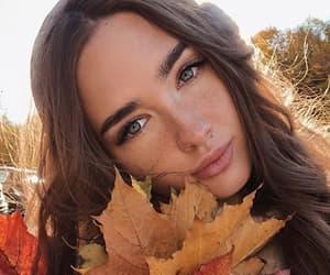 beauty, brunette, and morena image