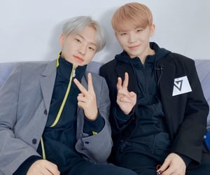 Seventeen, jihoon, and pledis image