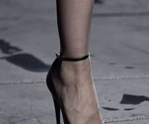 heels, ss 20, and rtw image
